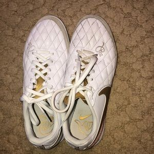 Nike Tiempo Indoor Soccer Shoes (Futsal Shoes)